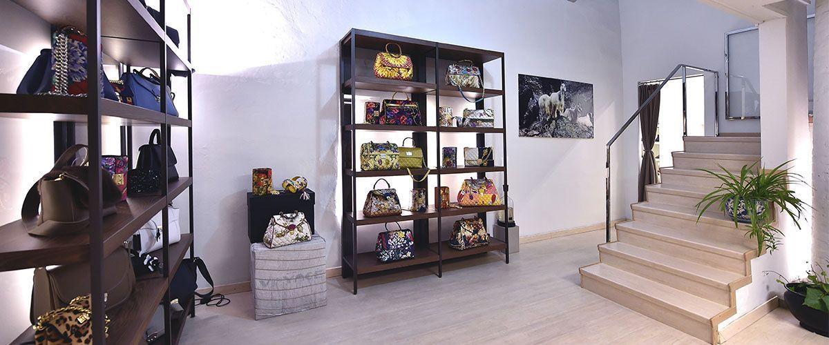Showroom DB Rappresentanze abbigliamento a Bologna